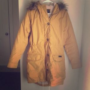 Abercrombie & Fitch butter yellow Parka